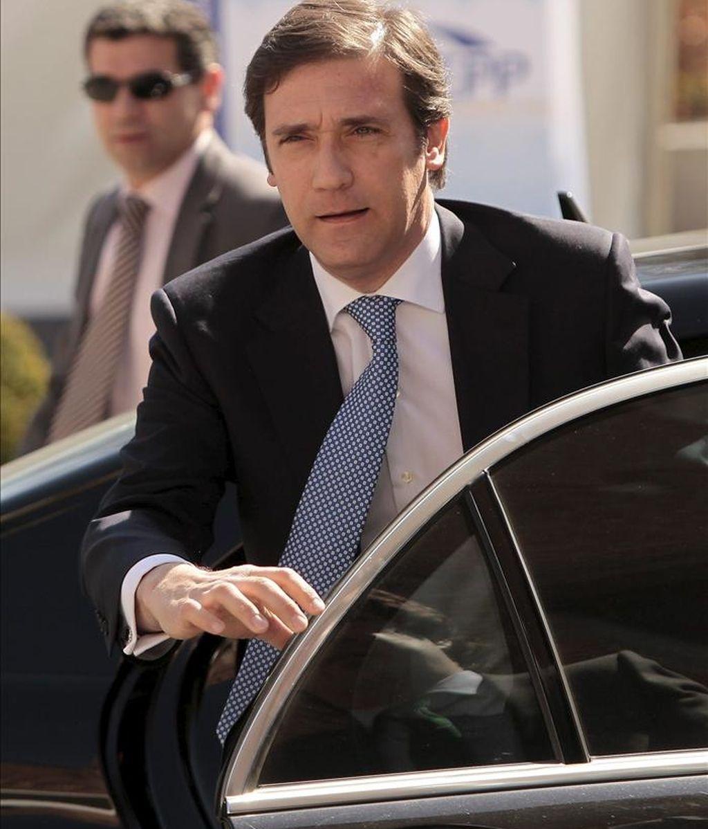 La principal formación política de la oposición en Portugal, el centro-derechista Partido Social Demócrata (PSD), expresó hoy su deseo de que no sea necesario solicitar ayuda financiera, aunque ofreció su respaldo en caso de que haya que hacerlo. EFE/Archivo