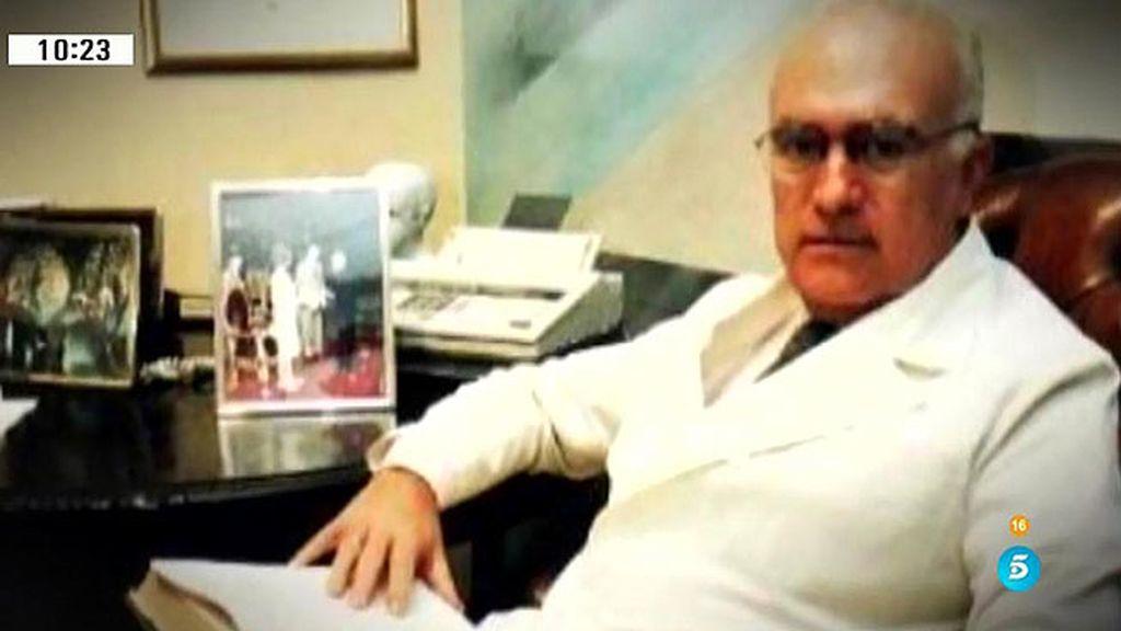 Javier Criado, el psiquiatra de la jet sevillana, acusado de abusos por 17 personas