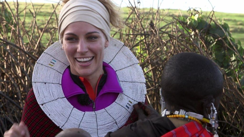 Edurne se convierte en Masai por un día