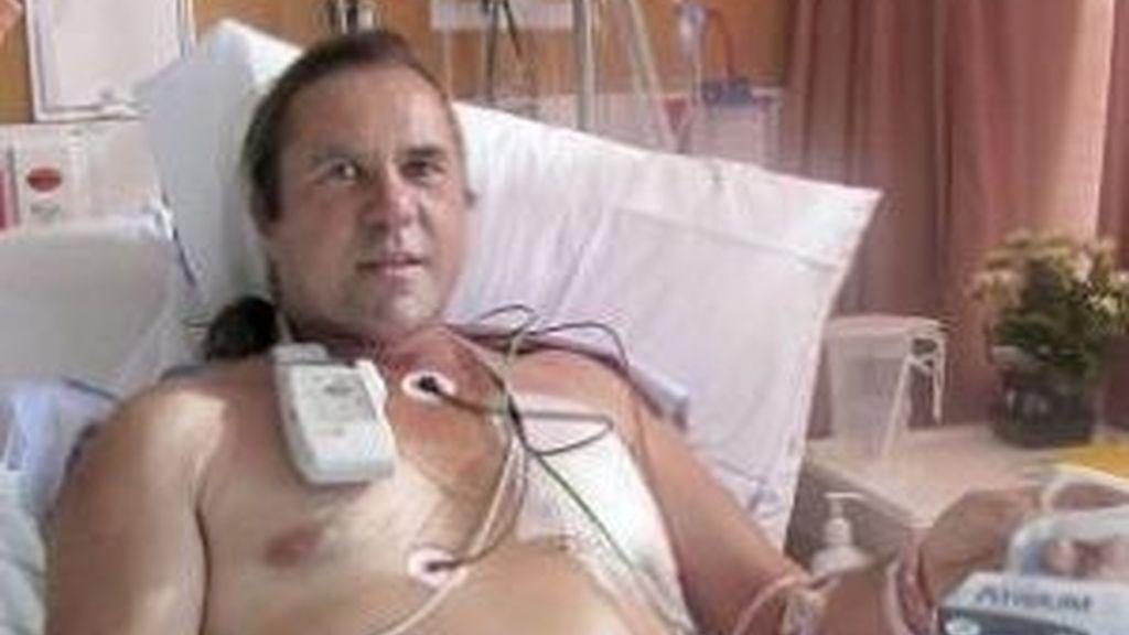 El camionero de 48 años que terminó inflado como un globo después de que el cuerpo se le llenara de aire al sufrir un accidente. FOTO AP