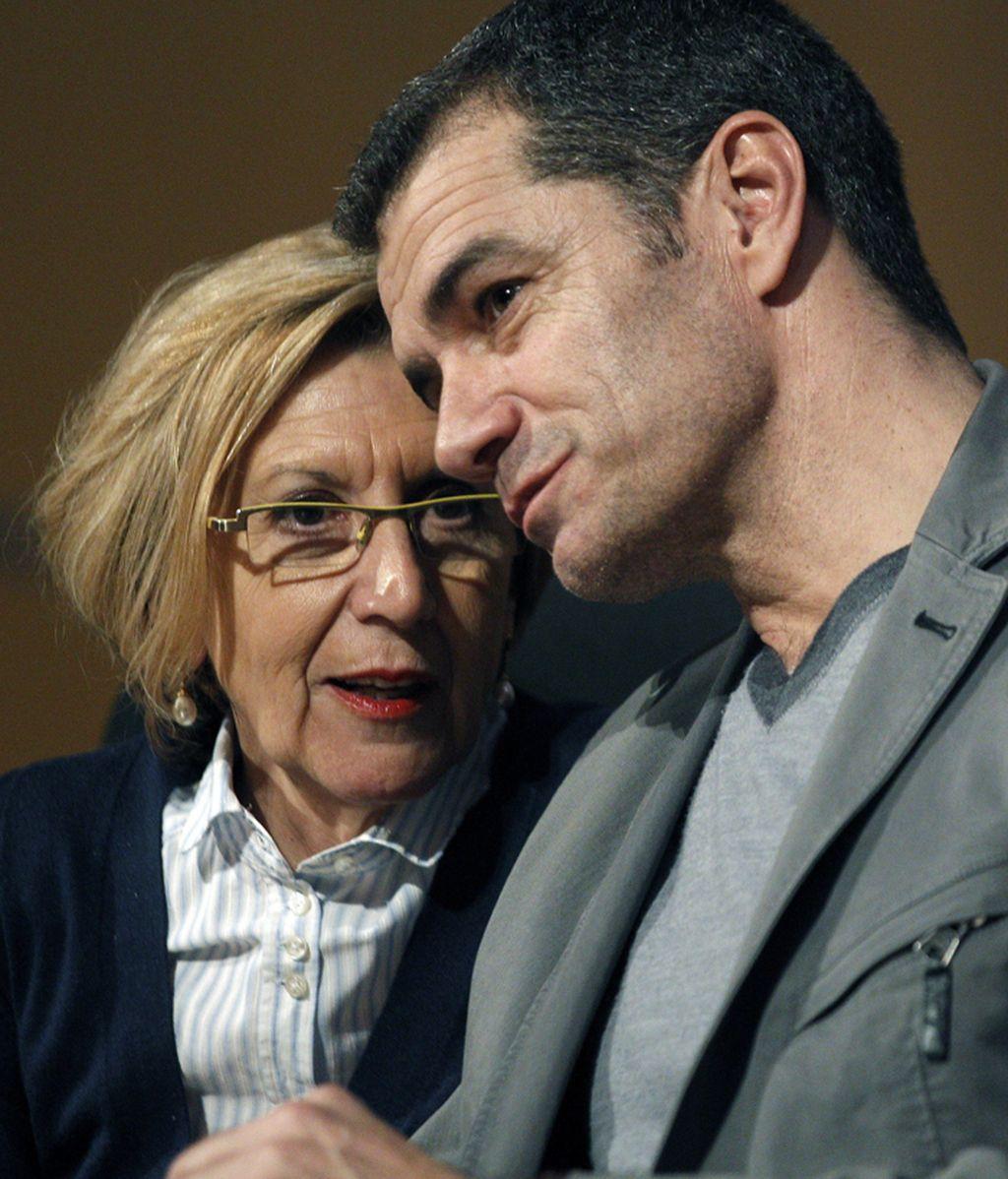 Rosa Díez y Toni Cantó en un encuentro en Valencia con simpatizantes
