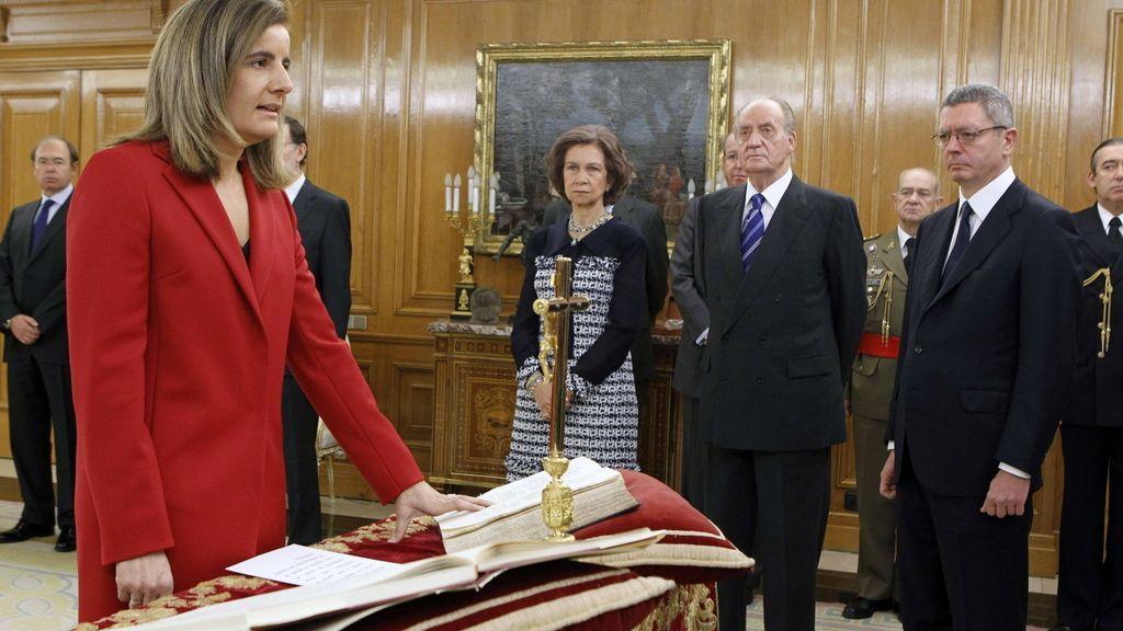 Los ministros juran su cargo