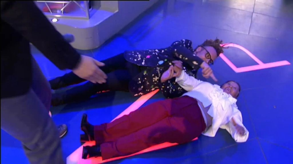 Torito desata la locura en 'Pasapalabra' y hace la 'croqueta' con un señora del público
