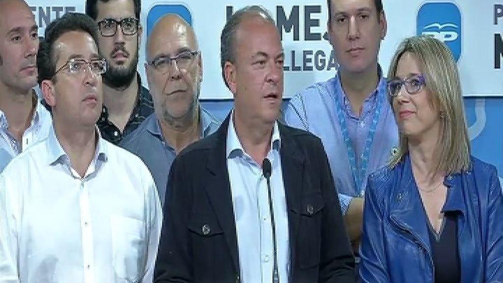 Monago pierde su liderato en Extremadura