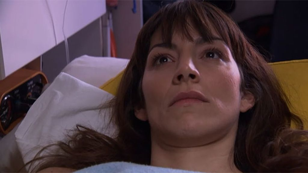 Pablo impide que Teresa se vaya a Londres con su marido