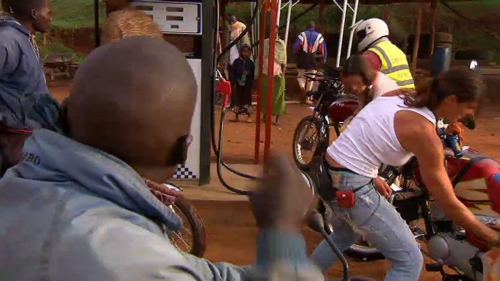 Mar y Vanesa suben la temperatura en Kenia