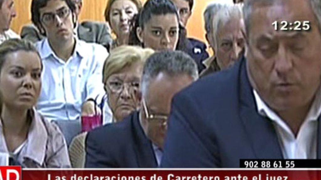 Campanario, cabizbaja durante la declaración de Carretero