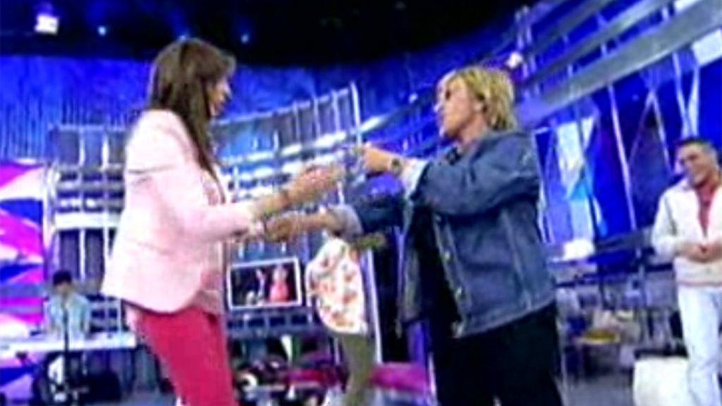 Paz mete mano a Lidia y Chelo