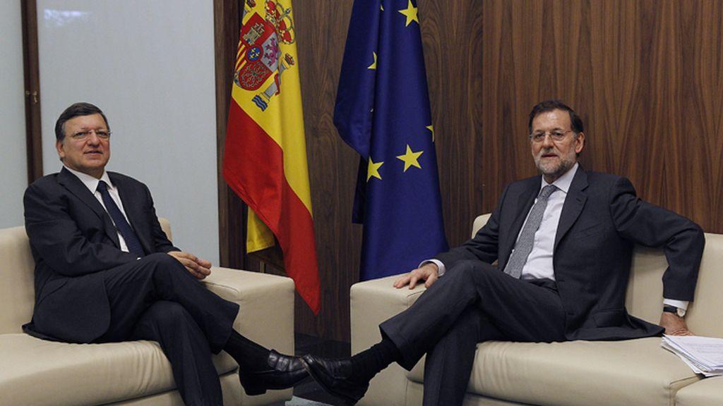 Reunión bilateral entre Mariano Rajoy y Duaro Barroso en el marco de la XXII Cumbre Iberoamericana de Cádiz