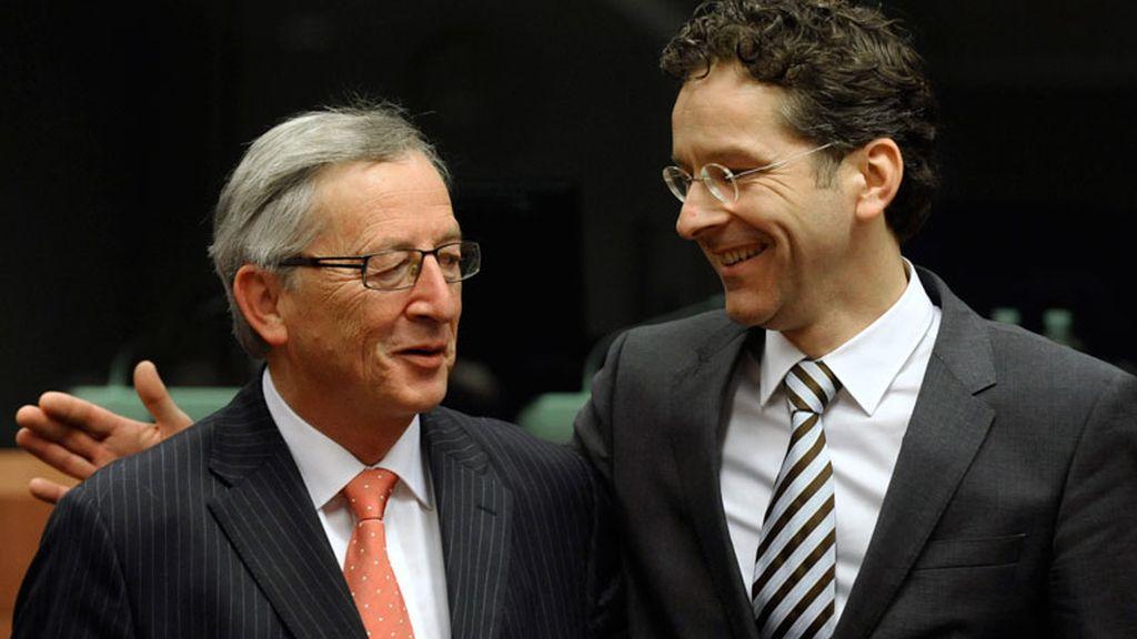 El ministro holandés de Finanzas, Jeroen Dijsselbloem, junto al anterior presidente del Eurogrupo, Jean-Claude Juncker