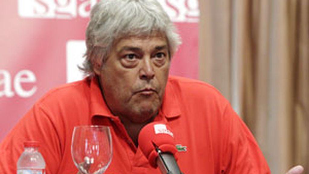 Caco Senante, cantante y futuro miembro de la directiva de la SGAE comparece ante la prensa FOTO: EFE