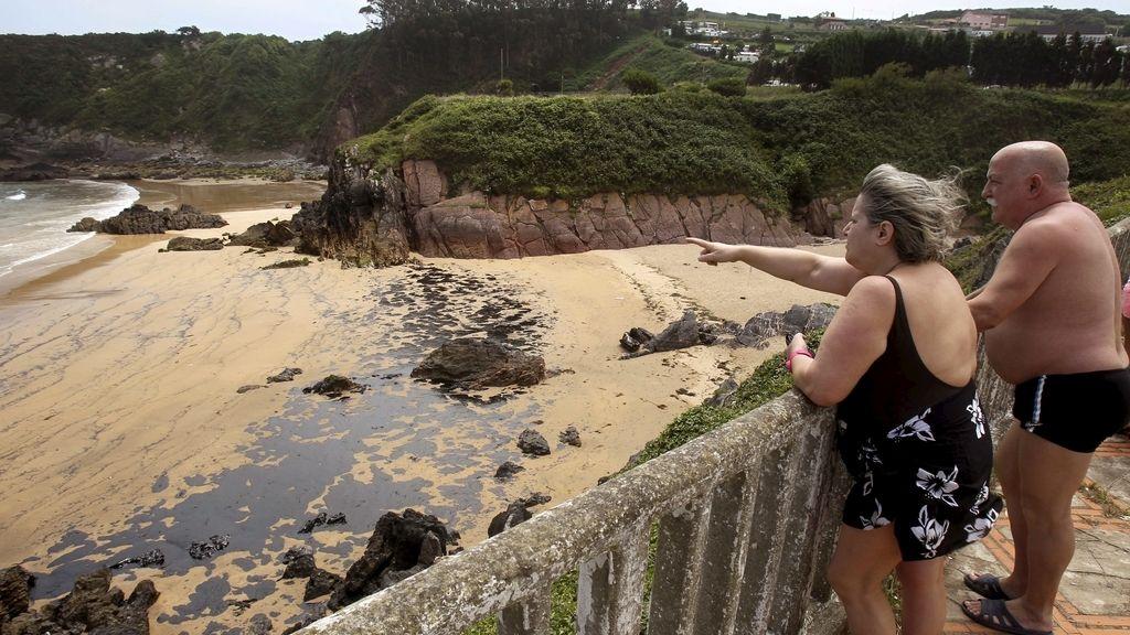 Cerradas algunas playas asturianas por el vertido de fuel