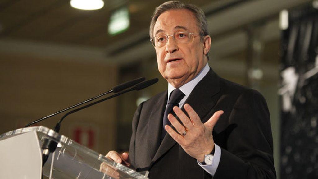 Florentino Pérez anuncia la marcha de Mourinho al final de temporada