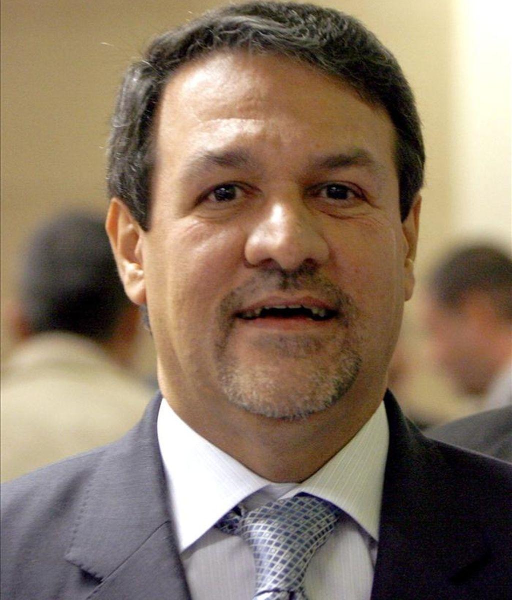 El portavoz del gobierno iraquí, Ali al Dabag, posa tras luna rueda de prensa ofrecida en Bagdad. EFE/Archivo