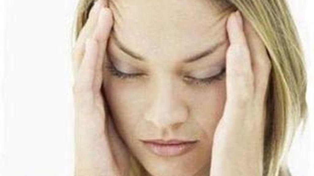 El estrés, los cambios hormonales, atmosféricos o de sueño, principales causas de la migraña