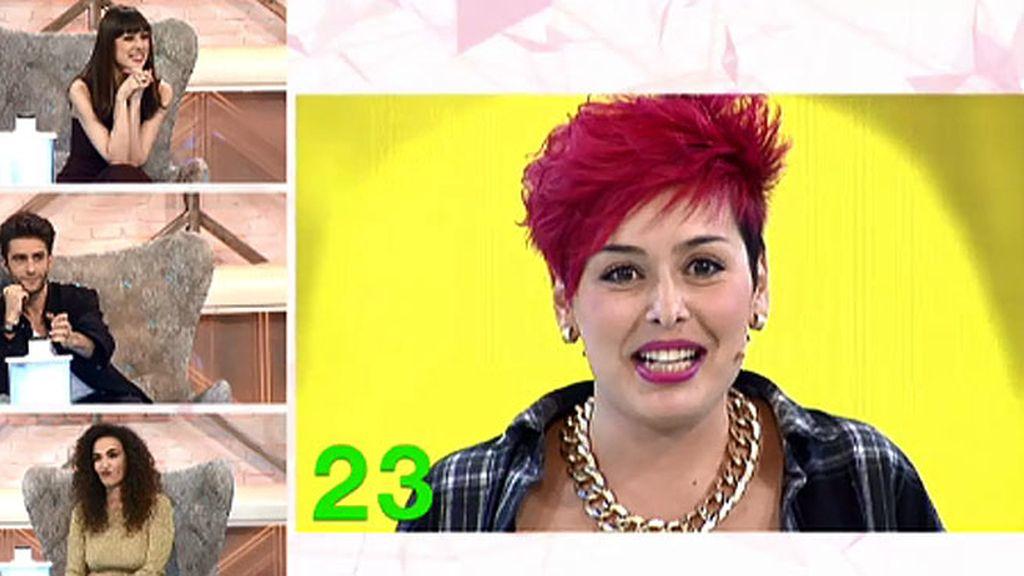 ¿Es Miley Cyrus? ¿Es Pink?... ¡es Sara!