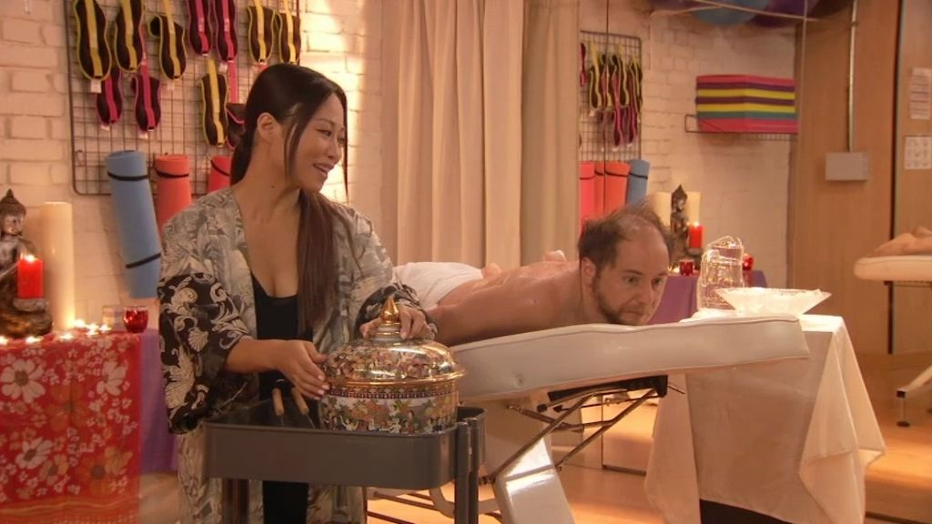 Los 'masajes que matan' de Shiroko