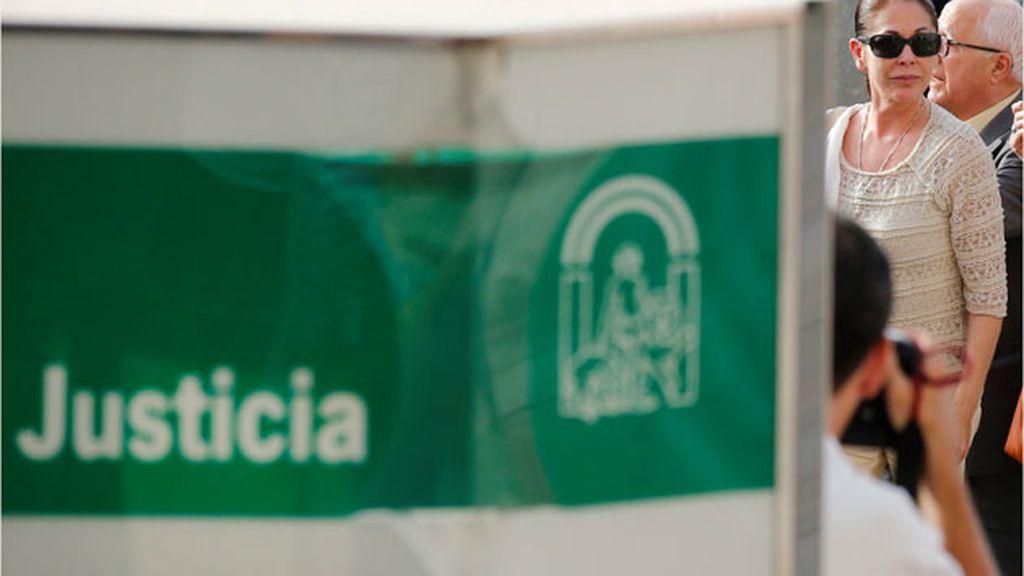 Isabel Pantoja llega a los juzgados de Málaga