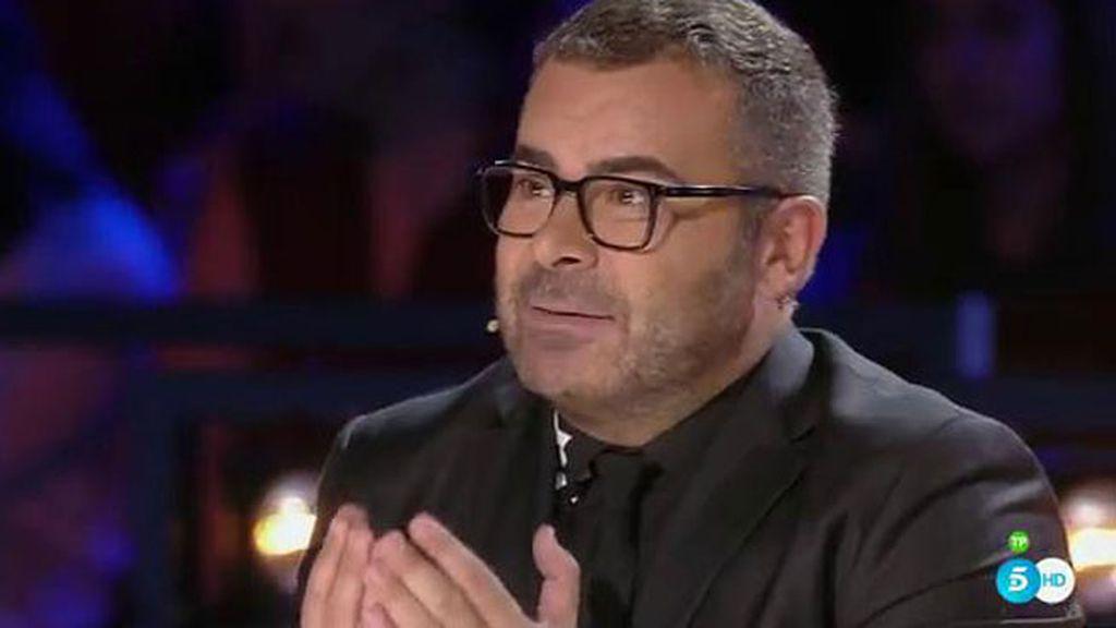 Jorge Javier recibe abucheos del público por criticar la actuación de Cristina Ramos