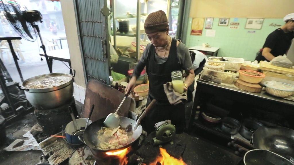 Dabiz Muñoz descubre conceptos culinarios en cada rincón de Tailandia