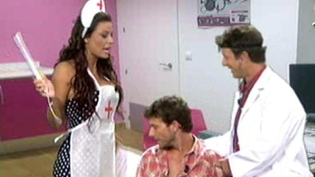 Bombero, socorrista y enfermera... Tatiana sirve para todo