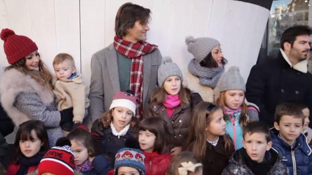 Así es el vídeo de 'Los Supersingles' interpretando 'Que canten los niños'