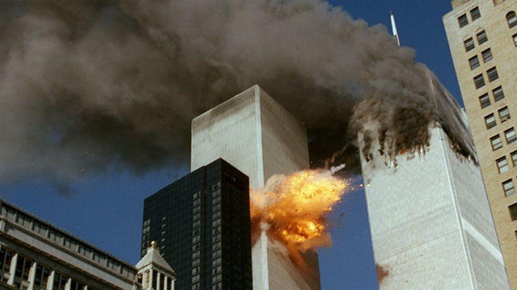 Segundo impacto y explosión