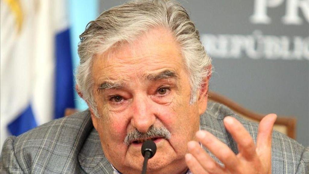 El presidente uruguayo, José Mujica, habla durante una rueda de prensa. EFE/Archivo