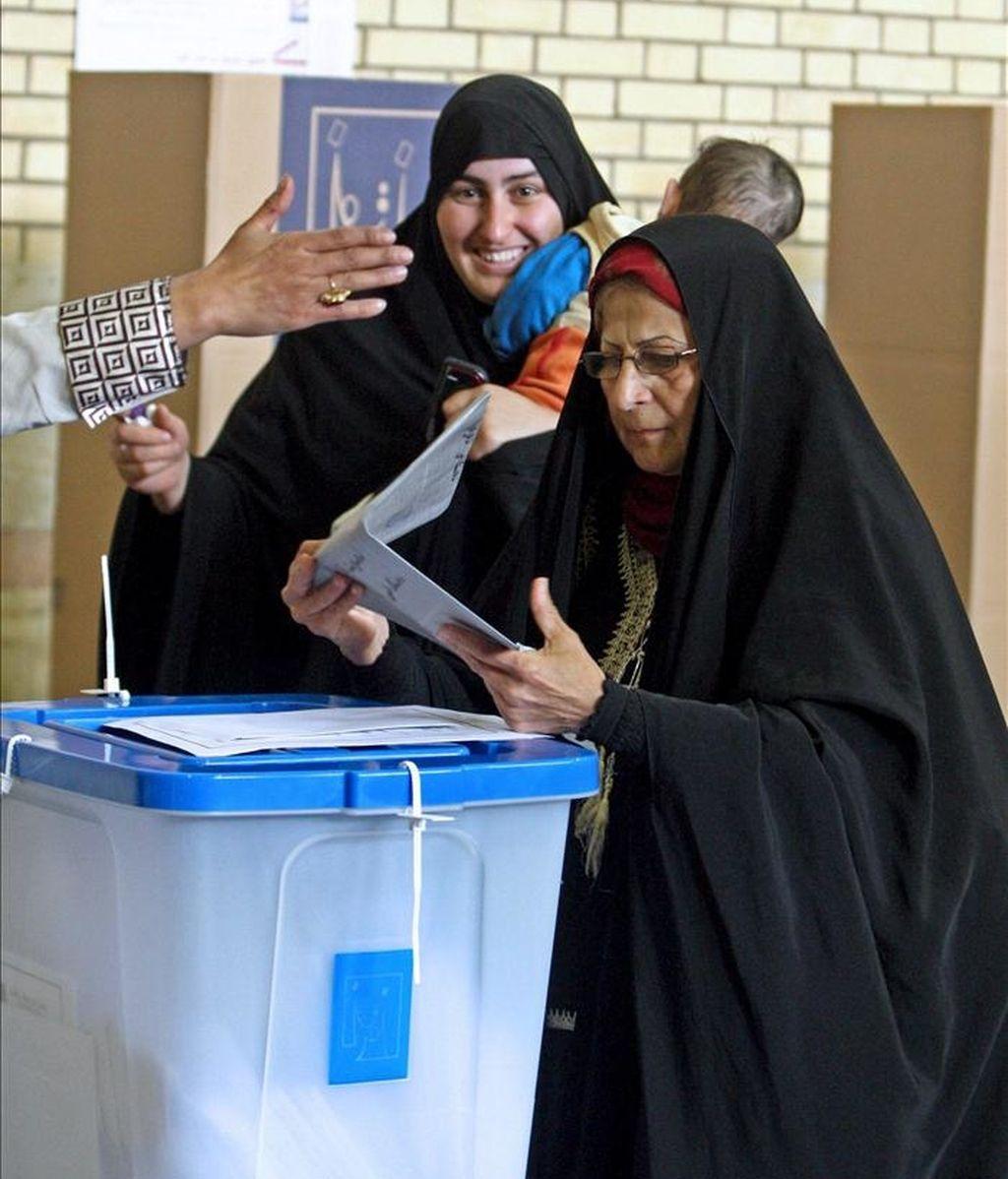 Las elecciones al Parlamento iraní, actualmente dominado por los conservadores, se celebrarán el 2 de marzo de 2012, anunció hoy el ministro de Interior, Mustafa Mohamad Nayar. EFE/Archivo
