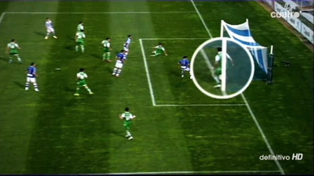 El Betis se benefició de un gol fantasma que no contó para el Recreativo de Huelva