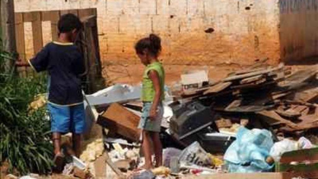 La pobreza infantil parecía cosa de otros continentes. Foto: EFE.