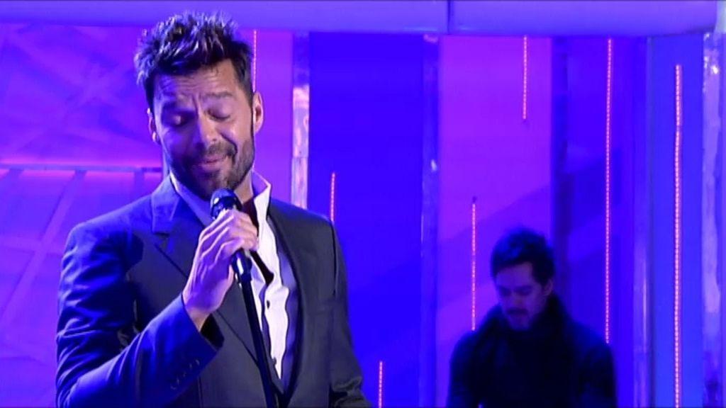 Ricky Martin canta 'Disparo al corazón' en ¡Qué tiempo tan feliz!