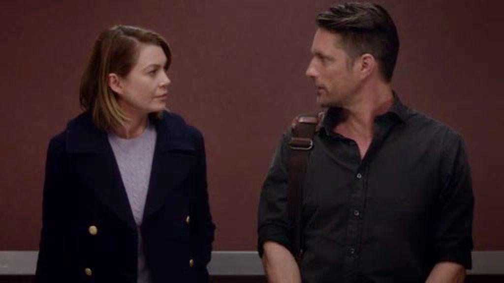 ¡Primer momentazo! Meredith y el 'doctor macizo', juntos en el ascensor