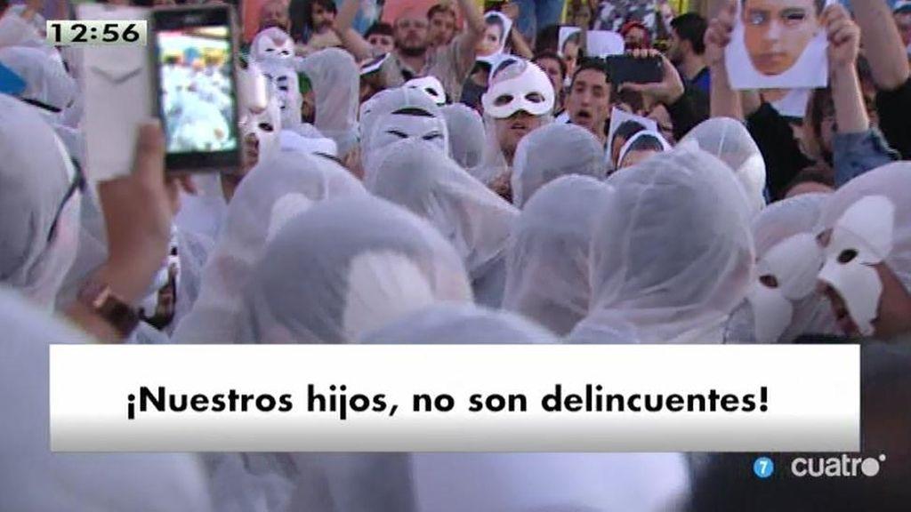 Multitudinario acto de protestas durante la detención de 'Alfon' en Madrid