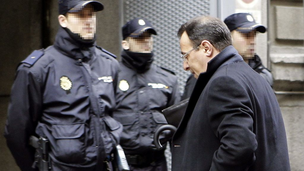 El apodrerado de Bárcenas en Suiza comparece ante el juez