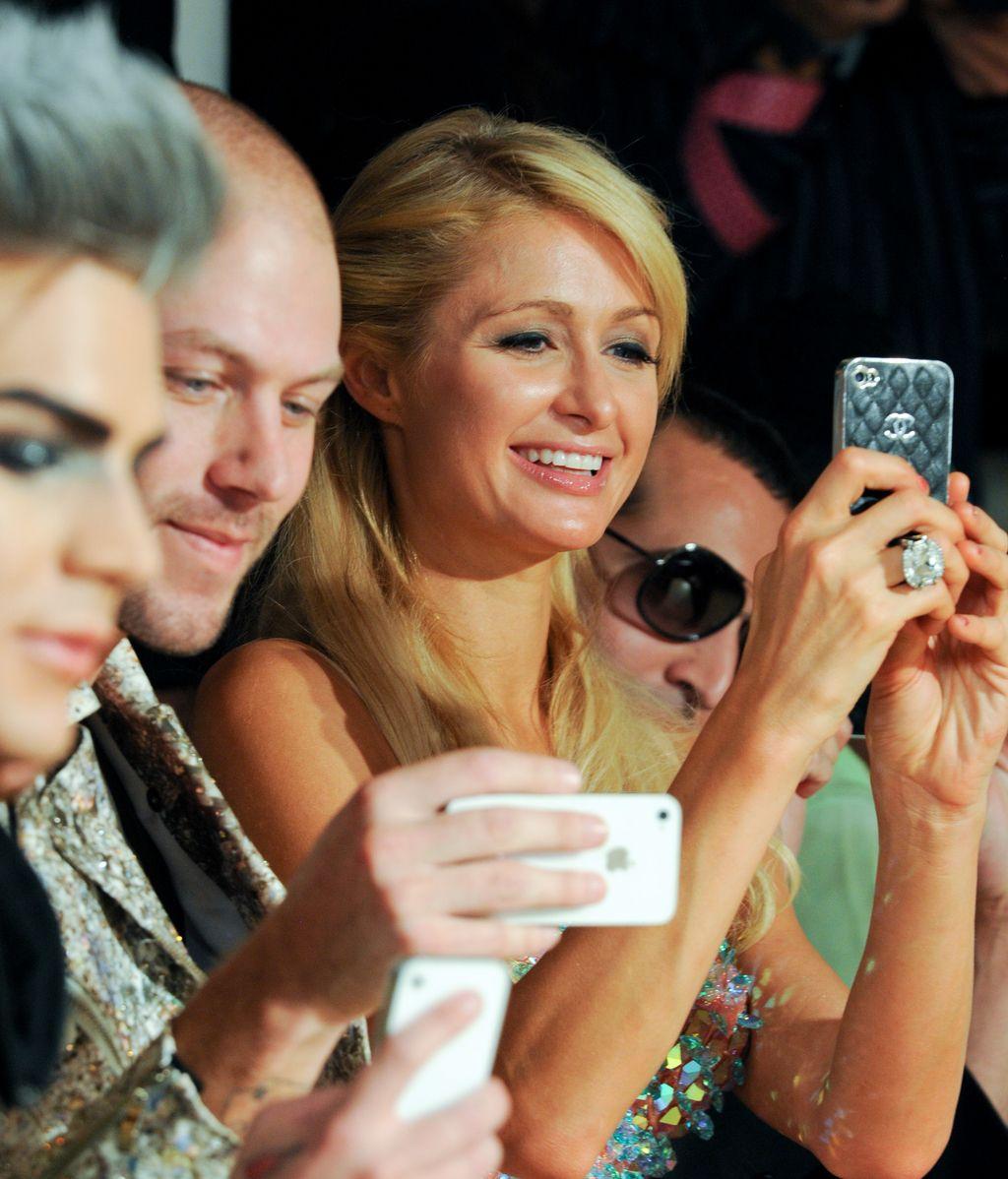 Paris Hilton, una fanática del móvil