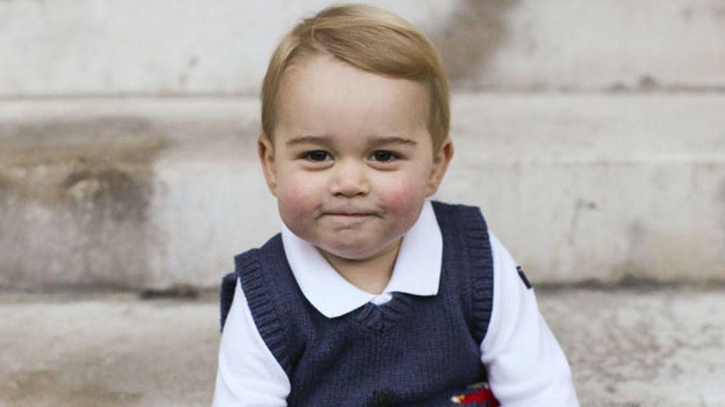 La 'georgemanía' llega con fuerza: el príncipe de Cambridge, un influyente 'it baby'