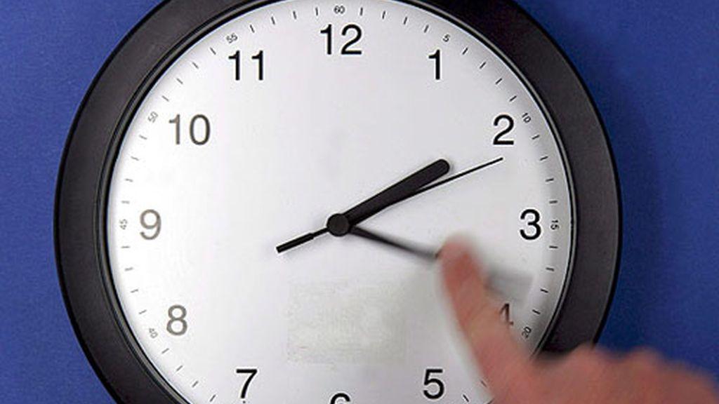 Este domingo, a las 03.00 serán las 02.00
