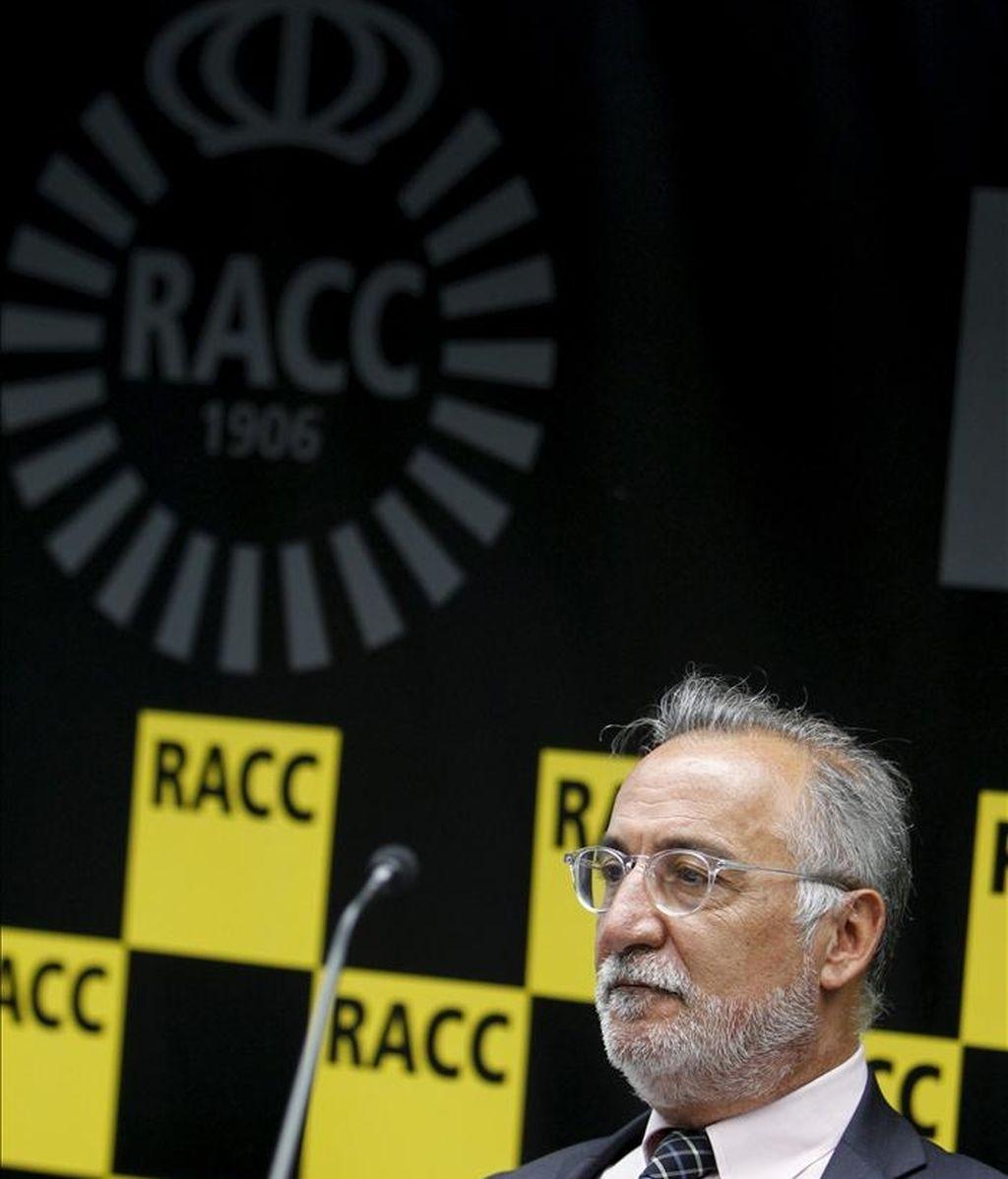 El director general de Tráfico, Pere Navarro, durante unas jornadas organizadas por el RACC en las que la mejora de la seguridad vial de los ciclistas y de los niños, y la reducción de los accidentes de tráfico en el ámbito laboral serán algunos de los asuntos de debate. EFE