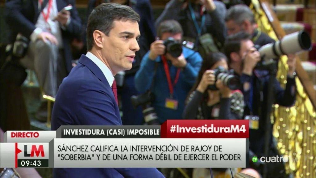 """Sánchez, a Rajoy: """"Debería estar en la tribuna hablando y no en su escaño escuchando"""""""