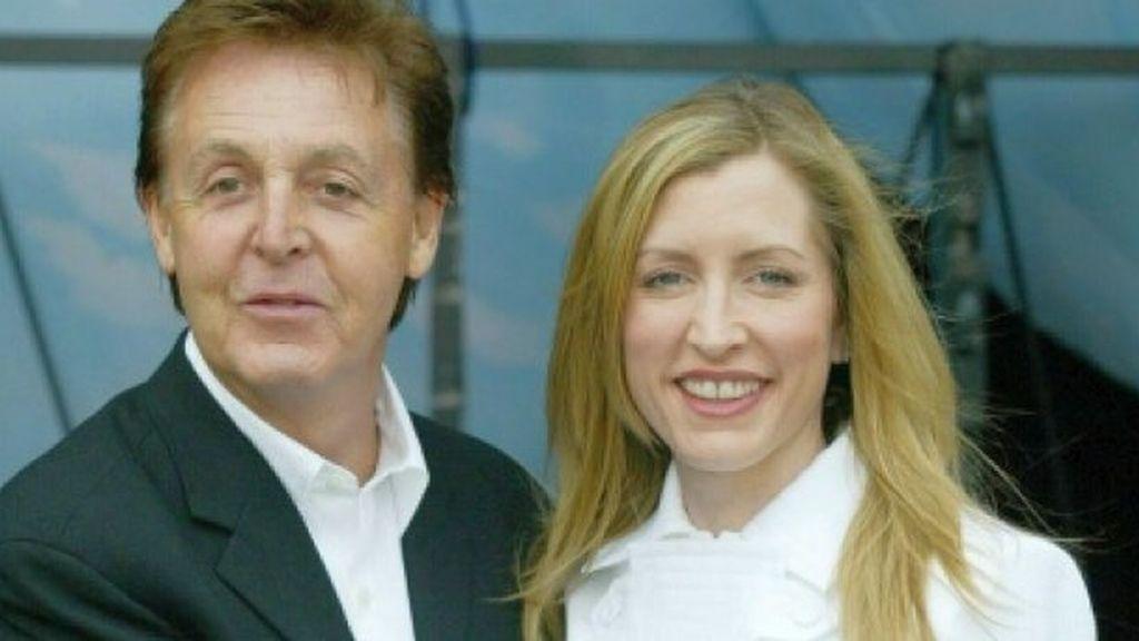 Mills, con su ex pareja. Foto: EFE.