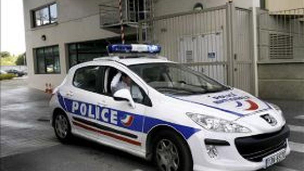 Imagen de archivo de un coche de la Policía francesa. Foto: EFE