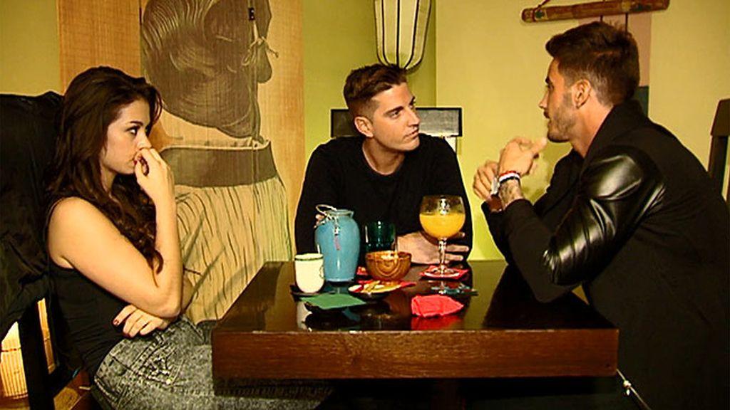Ruth tiene una cita a tres con Iván y Jonathan