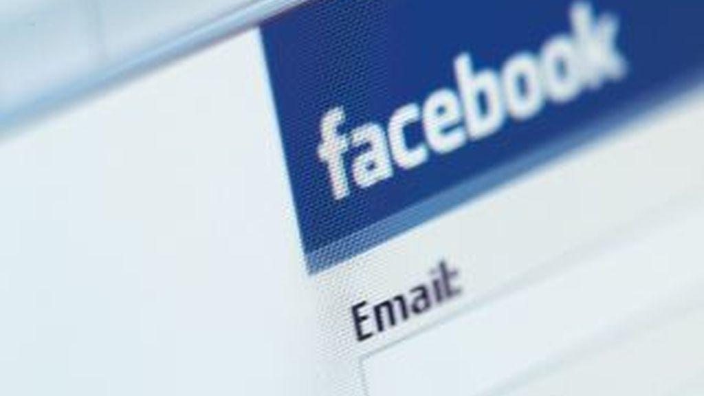 ¿Quién te ha bloqueado de su lista de amigos?' Es una falsa invitación que circula por la red social direccionando a todos los incautos a una página donde les cogen el número telefónico para incluirlo en un servicio de tarifación adicional.