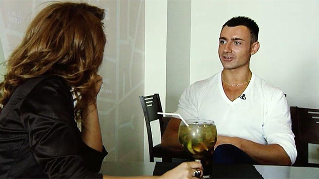 El italiano embruja a Gina con sus palabras