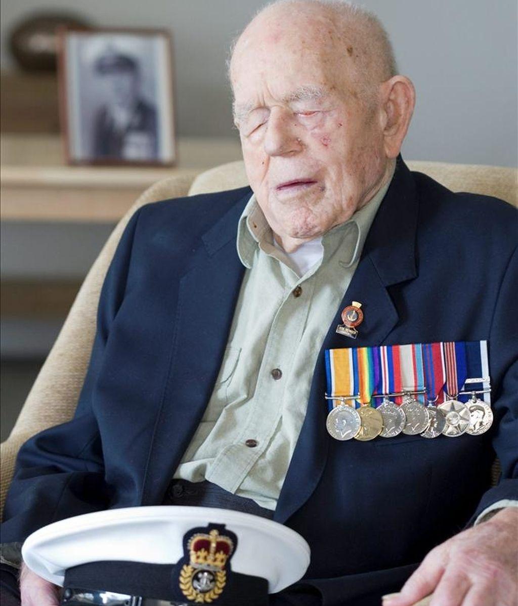 El veterano de la Armada Claude Stanley Choules, el último combatiente que quedaba vivo de la I Guerra Mundial, quien falleció en Australia a los 110 años. EFE