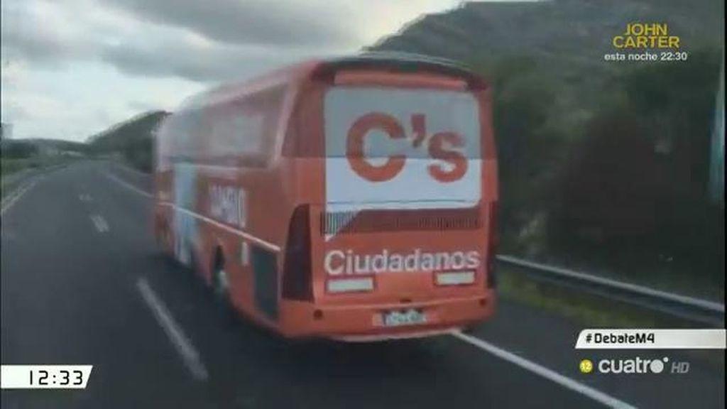 ¿Qué sucede cuando se encuentran los autobuses de Ciudadanos y Podemos?