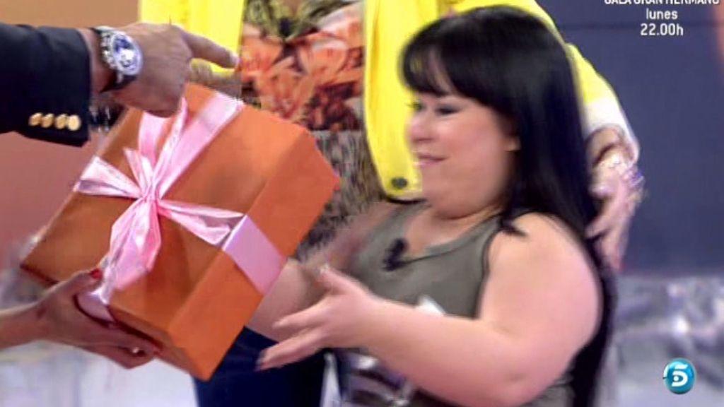 Ha tenido doble premio: la sorpresa de Carla y la sorpresa de 'Sálvame'