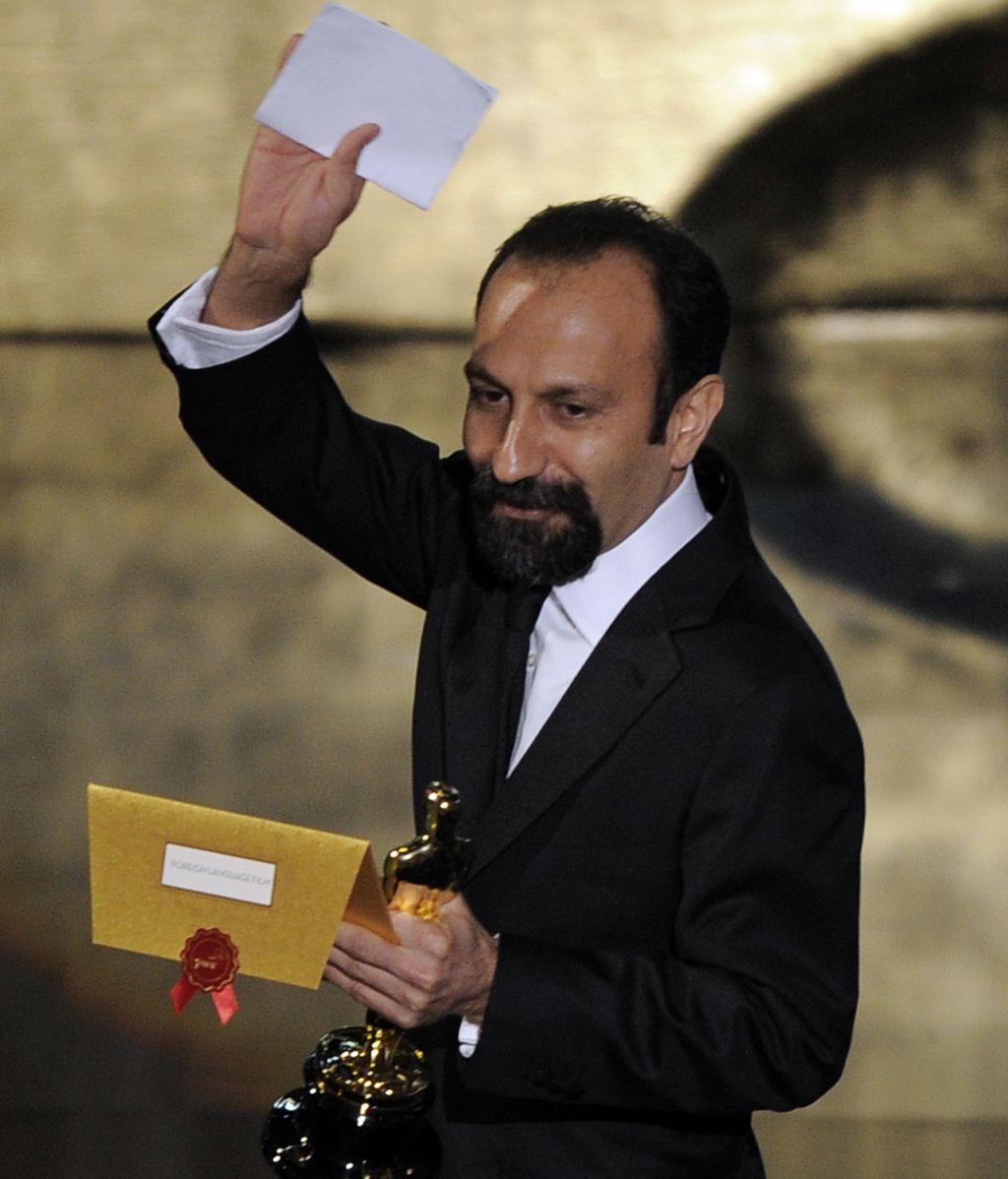 Asghar Farhadi recoge el Óscar a Mejor película de habla no inglesa a la cinta iraní 'A Separation'