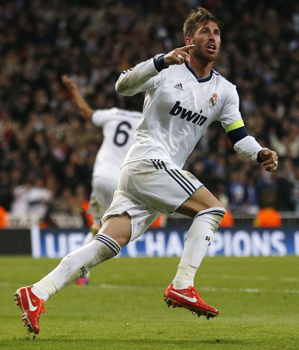 Sergio Ramos celebra su gol, el segundo del equipo, ante el Borussia de Dortmund